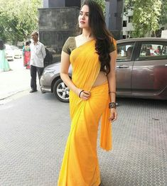 Indian Desi beauties – Indian Desi Beauty – Indian Beautiful Girls and Ladies Beautiful Girl Indian, Most Beautiful Indian Actress, Beautiful Saree, Indian Beauty Saree, Indian Sarees, Beauty Full Girl, Beauty Women, Plain Saree, Saree Photoshoot