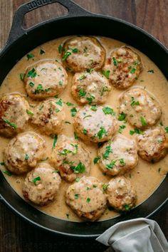Chicken Meatballs in a Cream Sauce (Tefteli) yummy Mince Recipes, Crockpot Recipes, Cooking Recipes, Healthy Recipes, Recipes Dinner, Healthy Food, Ground Chicken Recipes, Cajun Chicken Recipes, Sauce For Chicken