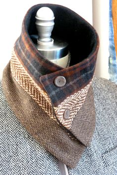 3 panel sjaal #3 wol nek warmer /button bevestiger /tweed sjaal muffler / bekleed met warme fleece door Wendel Johnston. Wol en vachten Afmetingen: 29 L X H 7 1/2