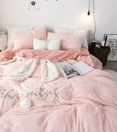 DecBest Chenille Crystal Velvet Bedding Set Full Queen King Quilt Cover Bed Sheet Pillowcase is hot sale on Newchic with discounts. Velvet Bedding Sets, King Bedding Sets, Pink Bedding, Luxury Bedding Sets, Cute Bed Sheets, Backboards For Beds, Cute Bedroom Decor, College Room Decor, Bedding Sets Online