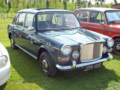 267 Vanden Plas 1100 Princess Mk.I (1966) by robertknight16, via Flickr Honda Legend, Sun Roof, Old Classic Cars, Lincoln Continental, Old Cars, Mazda, Cadillac, Antique Cars, Automobile