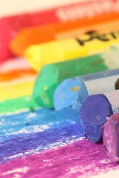 Pastels crayons in #Rainbow