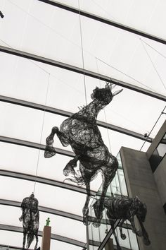 life size horses made out of chicken wire Martin S, Central Saint Martins, Royal College Of Art, Chicken Wire, Making Out, Horses, Fine Art, Sculpture Art, Inspiration