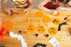 Whether you're looking for a unique centerpiece, some fresh holiday décor, or you just want a craft project to keep the kids busy, our guide to making pumpkin ornaments has you covered! Outdoor Halloween, Scary Halloween, Halloween Pumpkins, Peanuts Halloween, Halloween Decorations To Make, Halloween Crafts, Yard Decorations, Paper Lantern Making, Halloween History