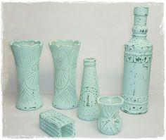 Vasen+Flaschen mit selbstgemachter Kreidefarbe bemalen   . DIY ... alles vonKarin  -  bottles/vases painted with DIY_chalk paint.