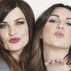 The 25 Best YouTube Beauty Vloggers   | Daily Makeover