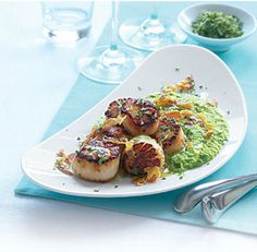 Seared scallops with crisp pancetta & gremolata
