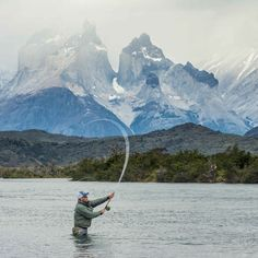 Not a bad place for #Flyfishing. Serrano River #fishing extension with EcoCamp Torres del Paine NP #Patagonia #Chile. Pic : @timothydhalleine  #Traveltheworld #Wanderlust #Landscape #Mountains #Hiking #Southamerica #Trekking #Sky #Traveldaily #Nature #Photography