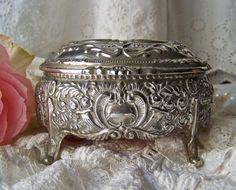 Vintage Music Box Jewelry Box Trinket Box by cynthiasattic on Etsy, $48.00