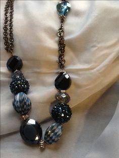 Jesse James beads necklace