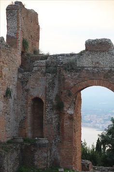 Taormina / Sicily / Island / City