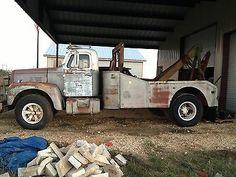 1965 International Harvester Wrecker Tow Truck