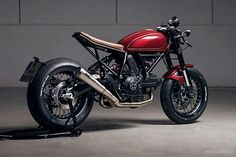 Diamond Atelier's Beautiful Ducati Scrambler Sixty2