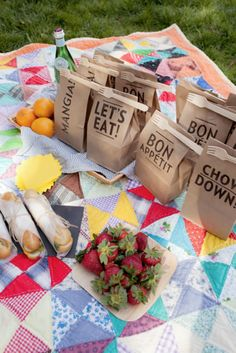 Printed paper sack lunches