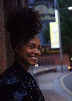 Alicia Keys                                                       …
