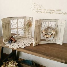 Interior examples such as wall / ceiling / DIY / handmade miscellaneous goods / woodwork miscellaneous goods / white natural / fake green Craft Stick Crafts, Crafts To Make, Wood Crafts, Chicken Wire Crafts, Palette Deco, Doll House Crafts, Painted Sticks, Dollar Tree Crafts, Home And Deco