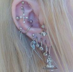 Jewelry Tattoo, Ear Jewelry, Cute Jewelry, Body Jewelry, Jewelery, Jewelry Accessories, Grunge Jewelry, Hippie Jewelry, Pretty Ear Piercings