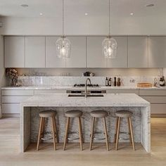 this Kitchen layout exactly! The Most Drop-Dead-Gorgeous Kitchens You've Ever Seen via Cocinas Kitchen, Küchen Design, Design Ideas, Design Inspiration, Interior Design, Cuisines Design, Beautiful Kitchens, Kitchen Interior, Kitchen Decor