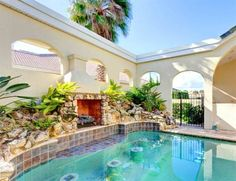 Royal Swan Palm Coast (Florida) Located in Bon Terra in the Florida Region, this holiday home is 35 km from St. Augustine. The property is 46 km from Daytona Beach and free private parking is available.