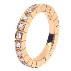c2861236a13b7 Meia Aliança em Ouro Rosé com Diamantes - DÉCO    JOIAS   ALIANÇAS EM OURO    VERSE Joaillerie   Descubra o real significado de ser único e exclusivo.