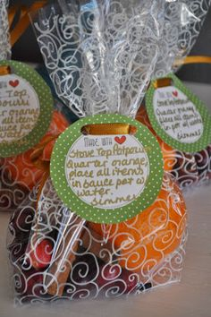 Homemade Stove Top Potpourri - A great gift for Thanksgiving guests