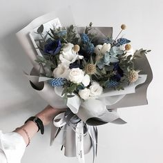 Floral Design by ? How To Wrap Flowers, My Flower, Beautiful Flowers, Floral Bouquets, Wedding Bouquets, Wedding Flowers, Design Floral, Hand Bouquet, Flower Aesthetic