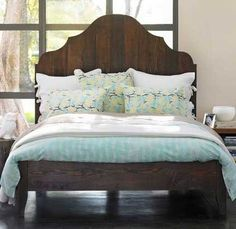 like that the foot board is low not really the pointy head board