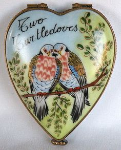 PEINT MAIN LIMOGES FRANCE 12 DAYS OF CHRISTMAS TWO TURTLE DOVES TRINKET BOX