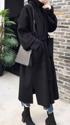 Modest Fashion Hijab, Street Hijab Fashion, Muslim Fashion, Modern Hijab Fashion, Modesty Fashion, Winter Fashion Outfits, Winter Outfits, Korean Fashion Winter, Dress Winter