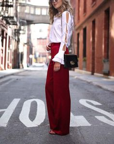 7 Outfits That Make Your Legs Look Longer via @PureWow