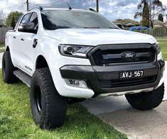 Suv Trucks, Lifted Trucks, Cool Trucks, Pickup Trucks, Ranger 2011, Ford Rapter, Nissan, Ford Ranger Wildtrak, Ford Ranger Raptor