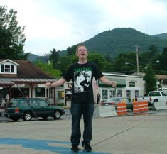 The Mystery Spot of Lake George, NY A number of years ago, while at a round table discussion of Acoustical Anomalies and Decibel Equations in Munich, I had the good fortune to met Professor Gregory Mauch. Mauch is well known for h