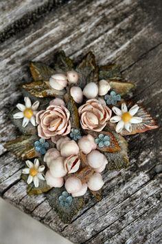 Vintage Shell Brooch - Victorian Style Shell jewelry - Floral Beauty