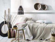 Přehozy na postel Trendy, Tapestry, Home Decor, Hanging Tapestry, Tapestries, Decoration Home, Room Decor, Home Interior Design, Needlepoint