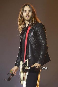 Jared Leto-Now I usually don't like men with really long hair, but Jared would be the exception to the rule. Oh my! :0)