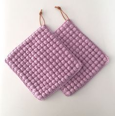 Transcendent Crochet a Solid Granny Square Ideas. Inconceivable Crochet a Solid Granny Square Ideas. Diy Crochet And Knitting, Crochet Home, Free Crochet, Granny Square Crochet Pattern, Crochet Squares, Knitting Patterns, Crochet Patterns, Knitting Kits, Crochet Potholders