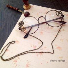 【手作】蒸汽朋克齿轮眼镜Lolita基佬装配饰复古机械齿轮古… – Mi Hye Hwang – Join the world of pin Cute Glasses, New Glasses, Glasses Frames, Kawaii Accessories, Jewelry Accessories, Fashion Accessories, Fashion Jewelry, Fashion Eye Glasses, Cool Sunglasses