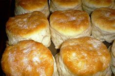 Peggy's Southern Style Buttermilk Biscuits _ One of Mama Peggy's most sought-after recipes. Everyone who knew Peggy Chaney still talks about her Southern style buttermilk biscuits! Southern Buttermilk Biscuits, Blueberry Biscuits, Buttermilk Bisquits, Bread Recipes, Cooking Recipes, Bisquick Recipes, Cooking Ideas, Easy Recipes, Breakfast