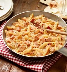 Deftige Schupfnudelpfanne   maggi.de Sauerkraut, Maggi Fix, Pasta Recipes, Macaroni And Cheese, Gnocchi, Ethnic Recipes, Food, German Cuisine, Stew