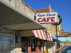 Town House Cafe, Harrison, AR photo by Myra Luker