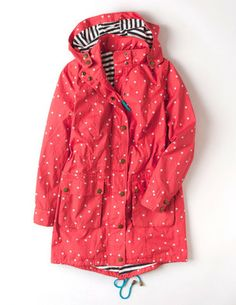 Boden (Spring - Spring Parka in Papaya Spot. Red polka dots are the most gorgeous happy, feel-good print and I love a good parka jacket! Différents Styles, Summer Outfits, Cute Outfits, Raincoats For Women, Beautiful Outfits, Winter Fashion, Fashion Outfits, Clothes For Women, Stylish