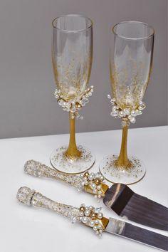 Personalized Wedding glasses and Cake Server Set cake cutter boho wedding toasting flutes gold wedding flutes and cake rustic set of 4 by WeddingBohemianChic on Etsy https://www.etsy.com/listing/468593352/personalized-wedding-glasses-and-cake