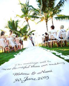 * 【Garden ceremony】 Aisle runner  #truecolorwedding#hawaii#ハワイ#wedding#ウェディング#hawaiiwedding#ハワイウェディング#結婚式#邸宅ウェディング#ガーデンウェディング#ハワイ挙式#プレ花嫁#バージンロード#aislerunner#アイルランナー True Colors, Runners, Reception, Table Decorations, Instagram Posts, Wedding, Weddings, Hallways, Valentines Day Weddings