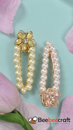 Wire Jewelry Designs, Handmade Wire Jewelry, Beaded Jewelry, Diy Earrings And Necklaces, Diy Hair Jewellery, Diy Bracelets Patterns, Crochet Hair Accessories, Earring Tutorial, Bracelet Crafts