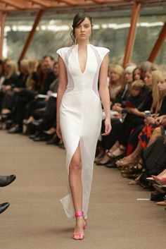 Carla Zampatti Australia Spring 2015 - Collection - Gallery - Style.com