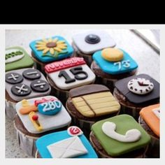 iPhone app cupcakes, apple party?