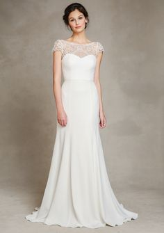 @jennyyoo's Hayden wedding dress features a mermaid silhouette and illusion lace neckline.