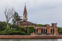 Island Fixer-Upper, Near the Madding Crowd - NYTimes.com  #nytimes #poveglia #venice