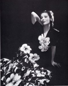 Loretta Young photoby John Engstead