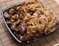 Wok, Pasta Casera, Spaghetti, Beef, Ethnic Recipes, Kitchen, Cooking Ideas, Ideas Para, Foodies